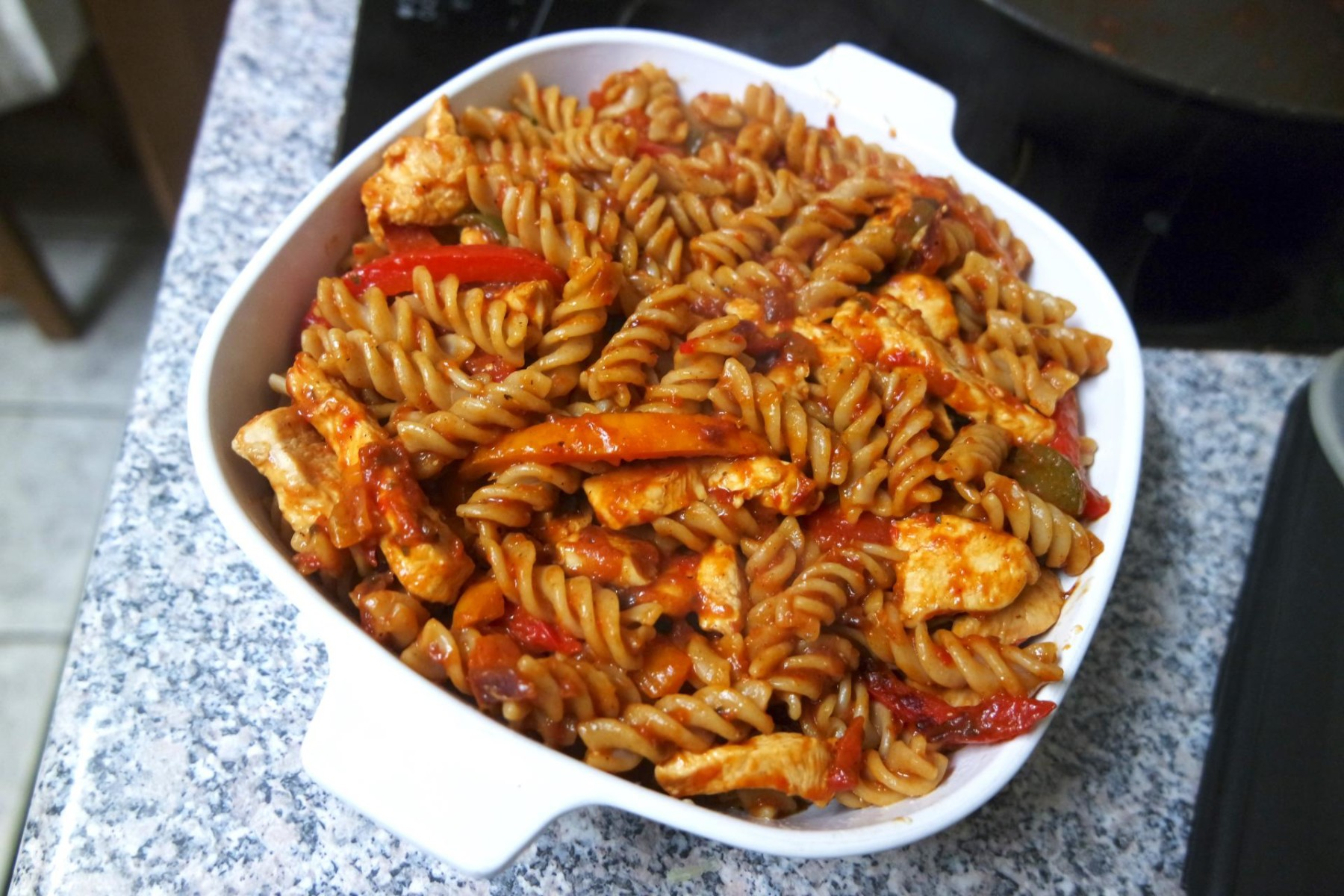 tomato-chicken-and-sweet-pepper-pasta-sugar-free