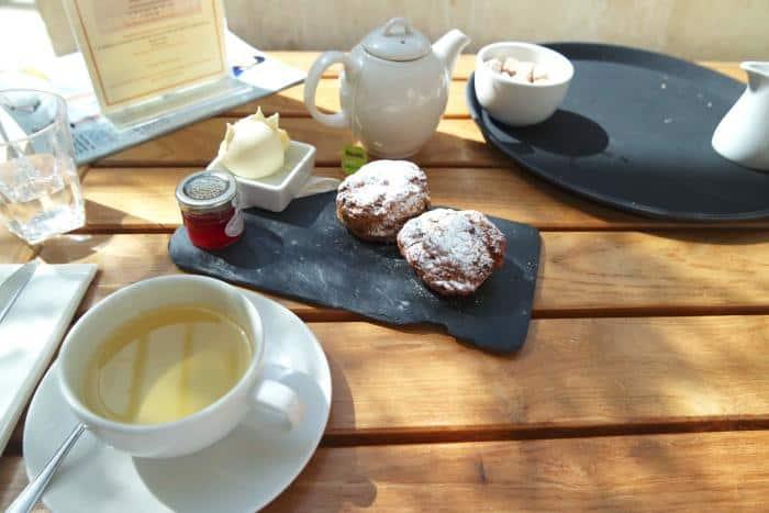 the-malvern-spa-worcestershire-cream-tea