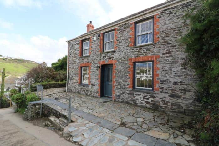 Doc Martin's House, Port Isaac - The Ultimate Camping Trip Around Devon and Cornwall